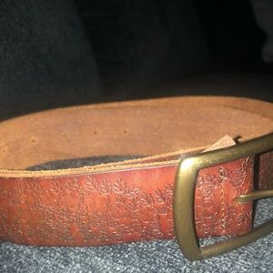 LUCKY BRAND leather flower embossed belt